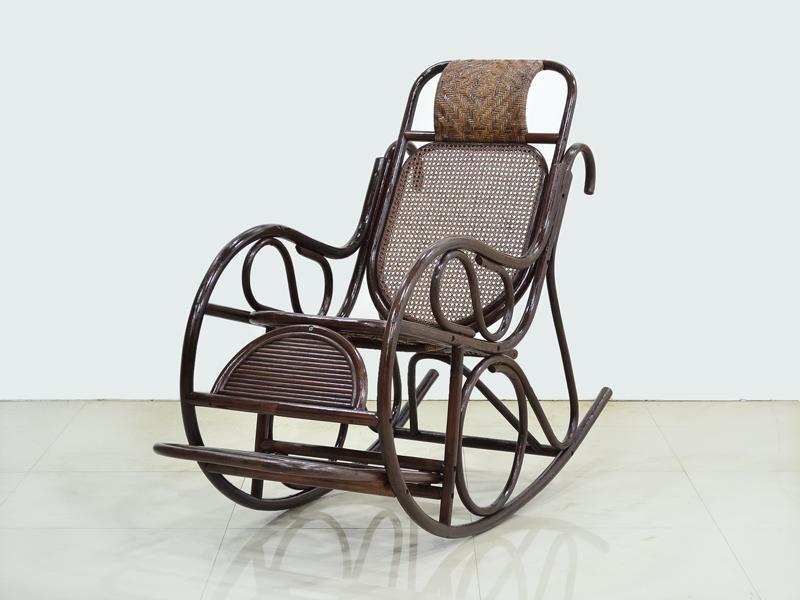 Кресло качалка Чабби CRUZO натуральный ротанг, темно-коричневый, kk0422