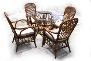Обідній комплект CRUZO Феофанія Класик (стіл +4 крісла) горіховий ok0008