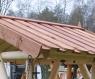 Альтанка - гойдалка для саду CRUZO з кованими елементами декору скандинавська сосна / карельска ялина ks0005
