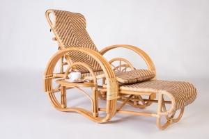 Кресло шезлонг CRUZO Одиссей натуральный ротанг медовый kr0017