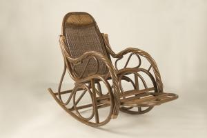 Крісло-гойдалка CRUZO Роял натуральний ротанг, горіховий, kk0006