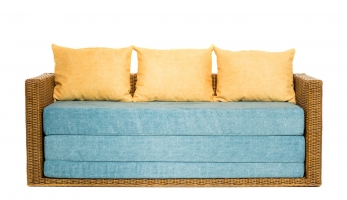 Диван-кровать CRUZO Уго натуральный ротанг с голубым матрасом go0001