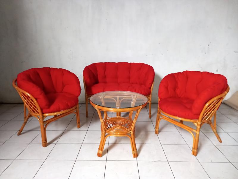 Комплект меблів Таврія Фуларм Ред з натурального ротангу софа, 2 крісла й кавовий столик  світло-коричневий CRUZO d00098